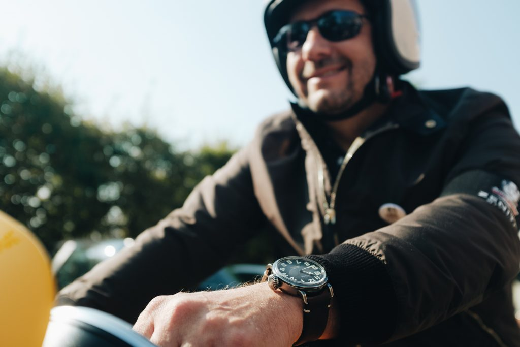 Julien Tornare, biker à l'occasion du Distinguished Gentleman's Ride