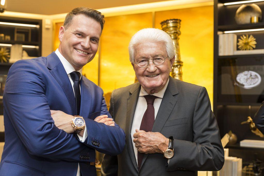 Sascha Moeri, CEO de Carl F. Bucherer, et Jörg G. bucherer, Président de Bucherer lors de l'inauguration de la boutique de Lucerne