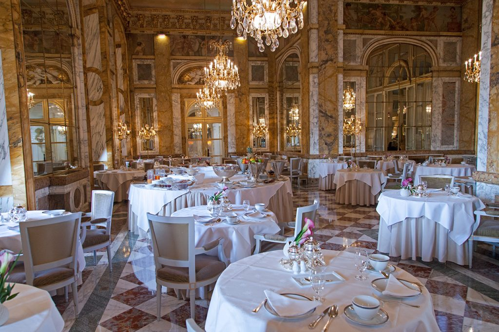 Restaurant Le Crillon, Paris