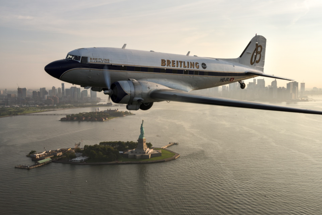Survol de New York et de la Statue de la Liberté - Breitling DC-3 World Tour