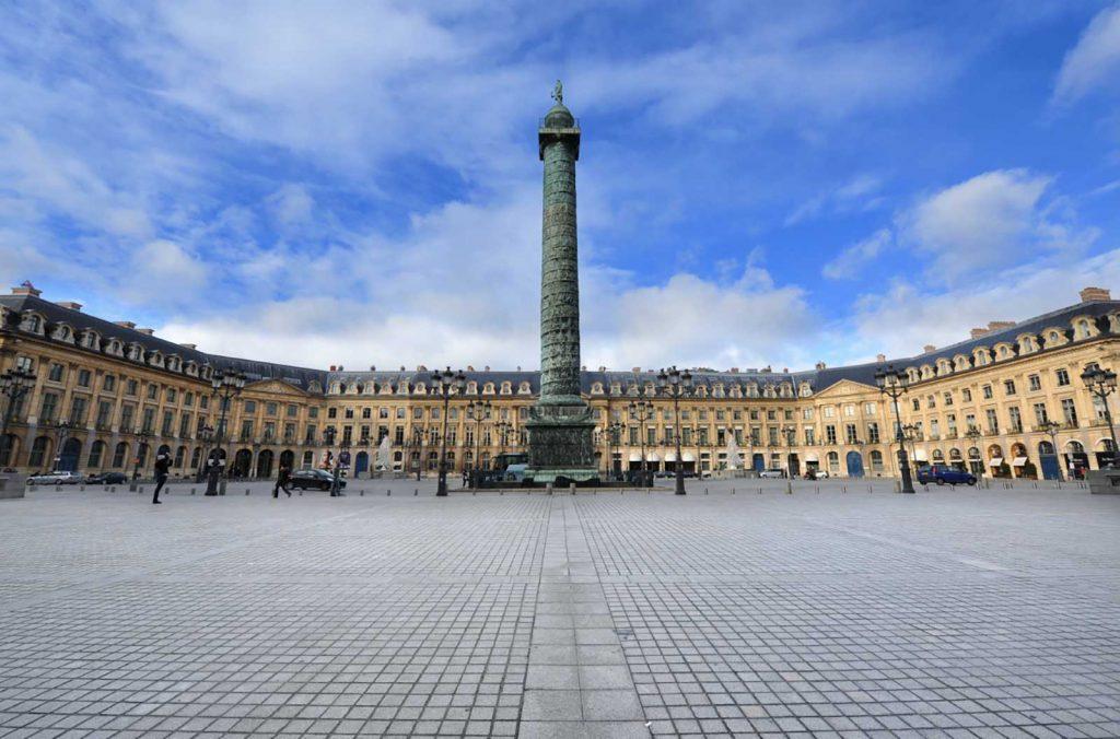 La place Vendôme, symbole du luxe horloger parisien