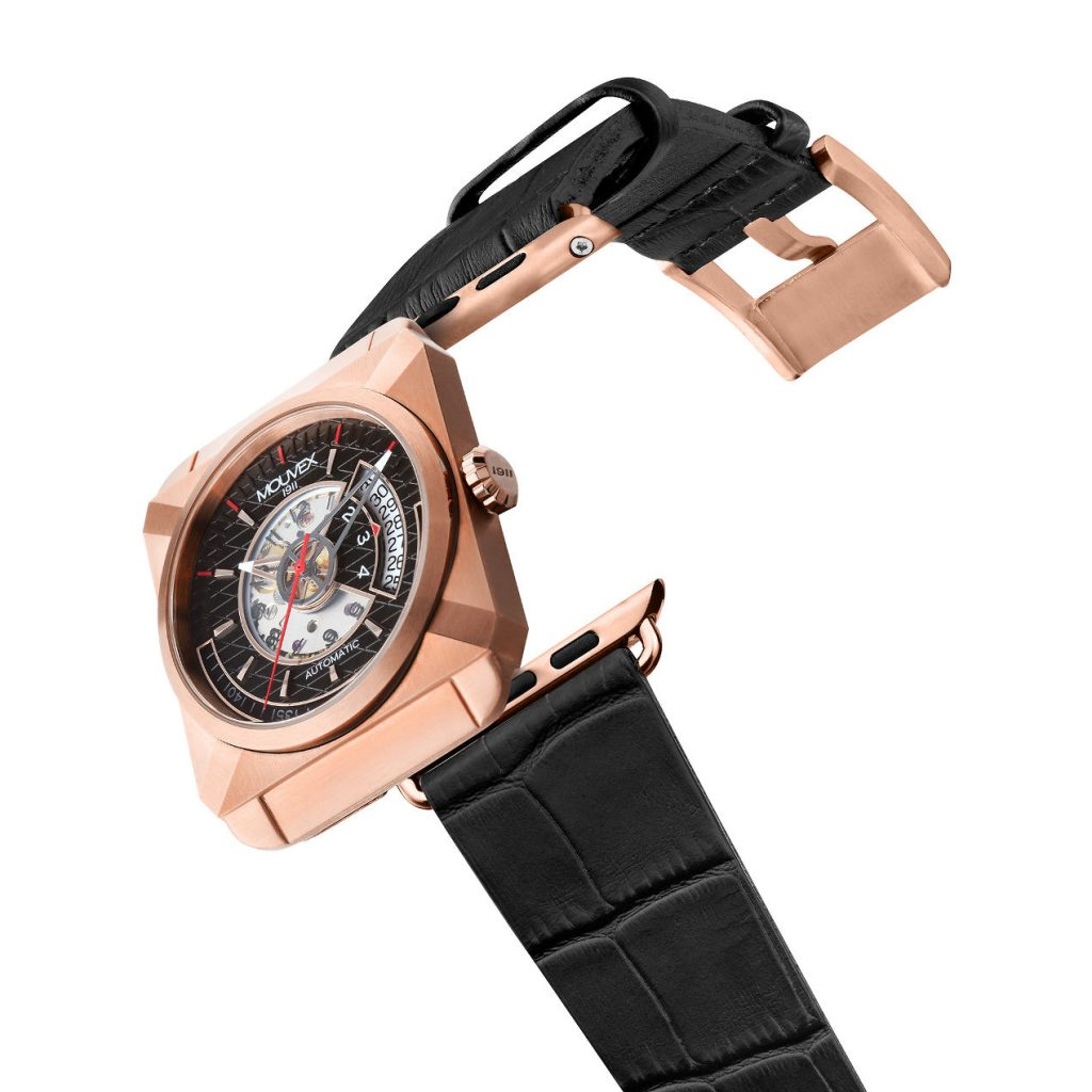 La montre Mouvex 1911 existe en traitement PVD or rose