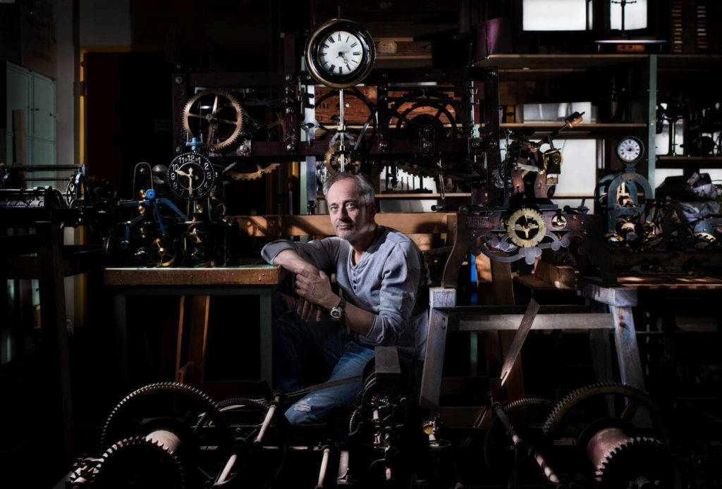 Vianney Halter dans son atelier