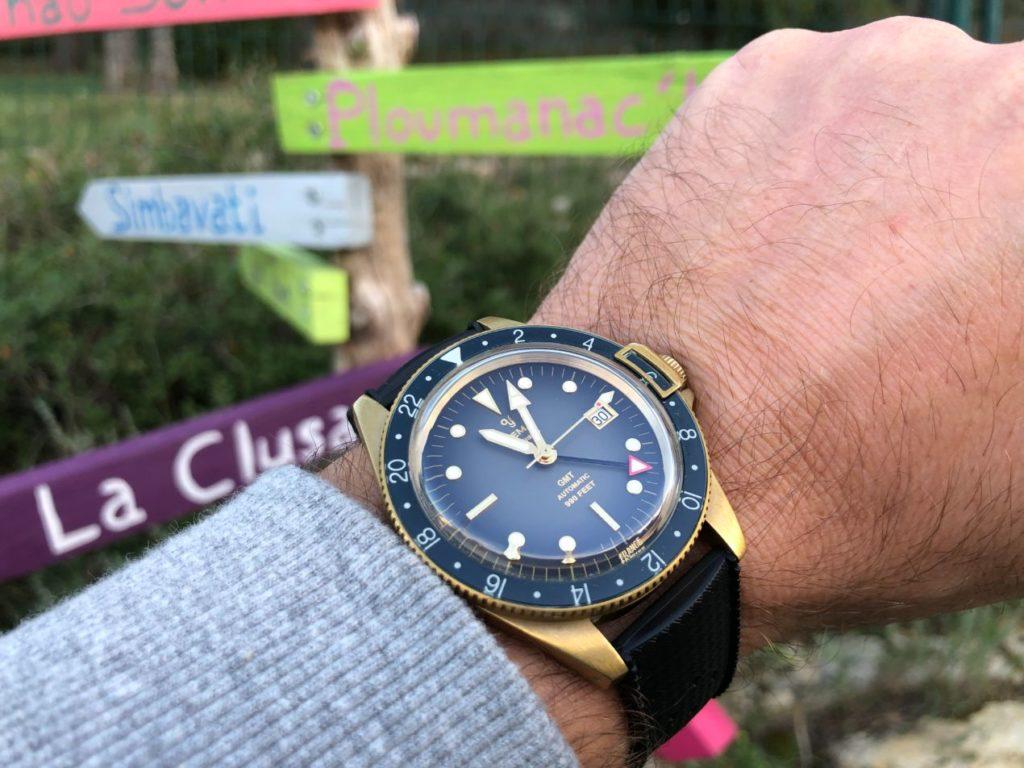 Une montre à forte présence au poignet en 41 mm
