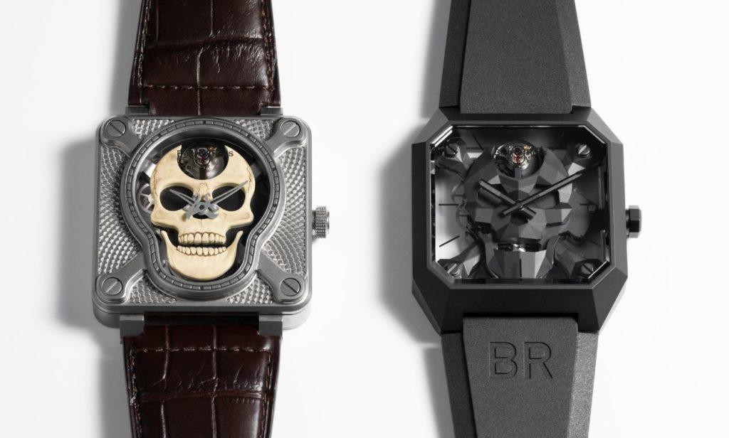 Lancée un an après la Laughing Skull White (à gauche), la nouvelle BR 01 Cyber Skull (à droite) réinterprête les codes esthétiques des montres Bell & Ross à tête de mort.