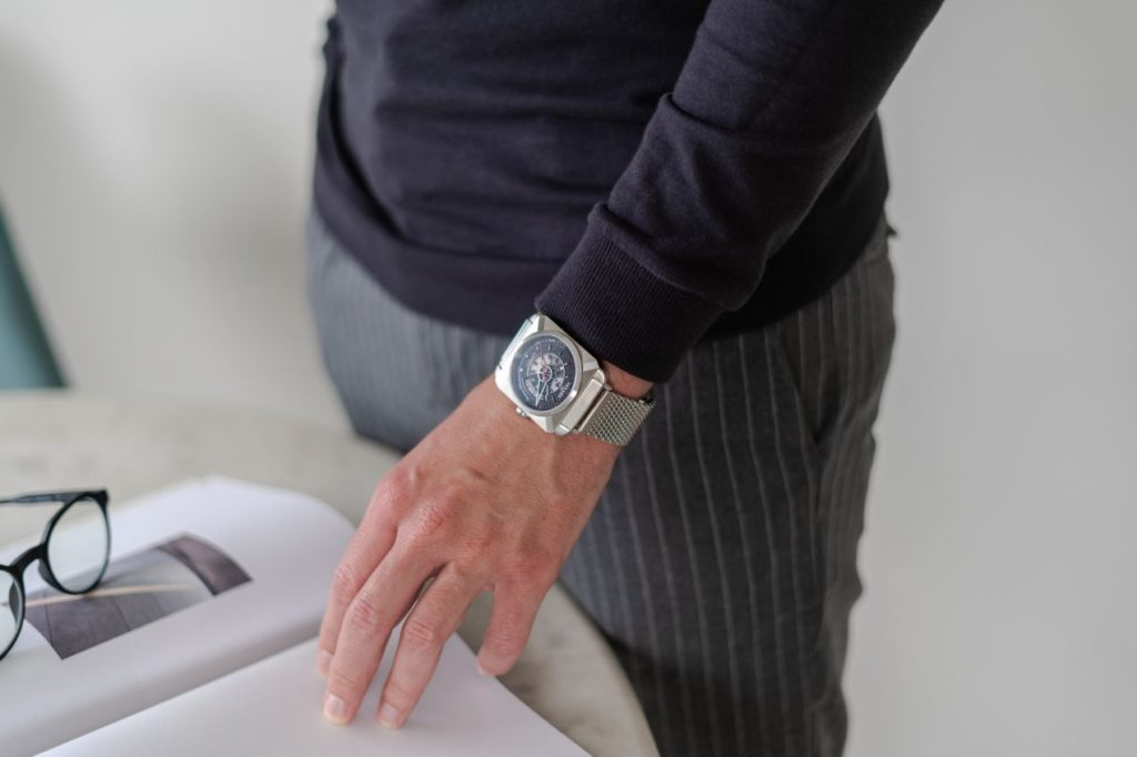 Une montre au design qui affichera votre singularité