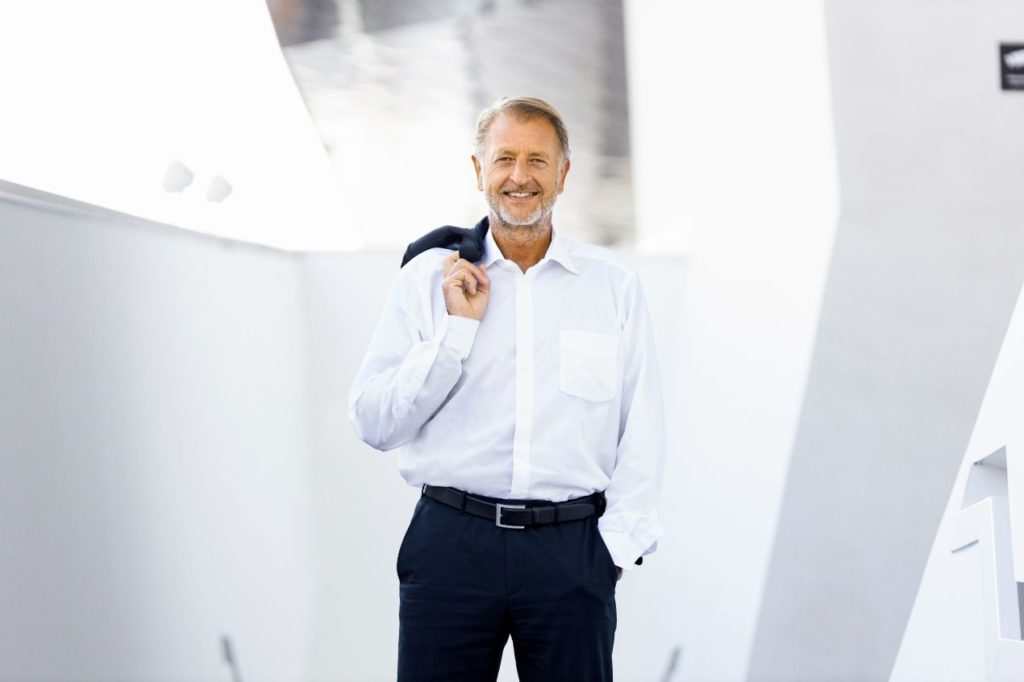 Detlev Von Platen, membre du directoire de Porsche AG en charge des ventes et du marketing