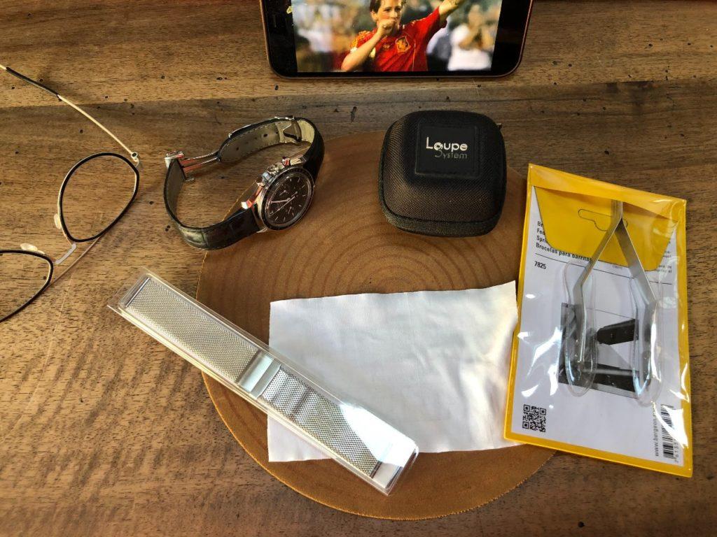 Préparation de l'opération de changement de bracelet