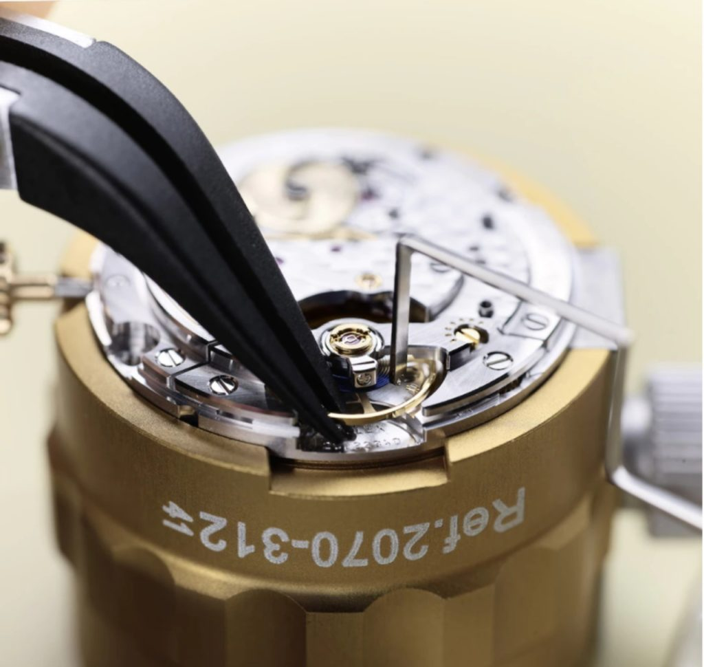 Le réglage des vis microstella du balancier selon les préconisations officielles de Rolex